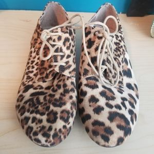 Wet seal leopard print laced up flats